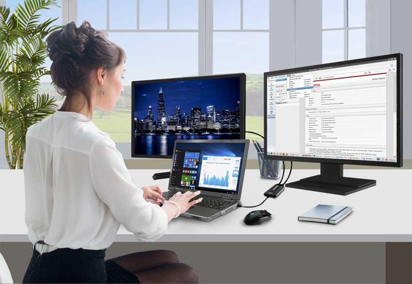 BVU5500 woman at computer